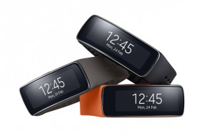 samsung-gear-fit-watch-1